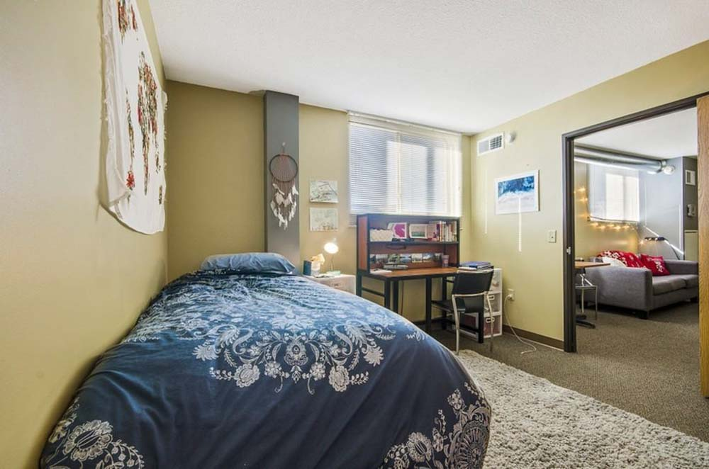 Towers-on-State-Madison-WI-Bedroom-Unilodgers