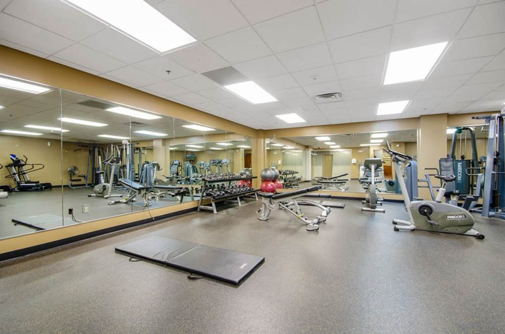 Towers-on-State-Madison-WI-Gym-Unilodgers