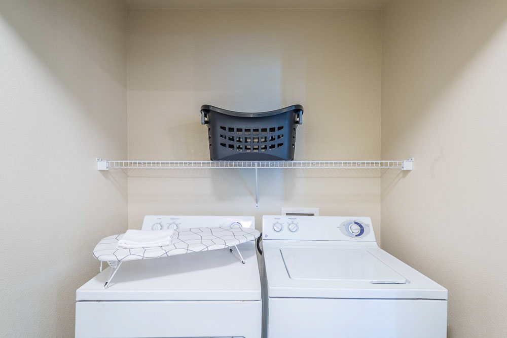 Town-Lake-At-Austin-TX-Laundry-Unilodgers