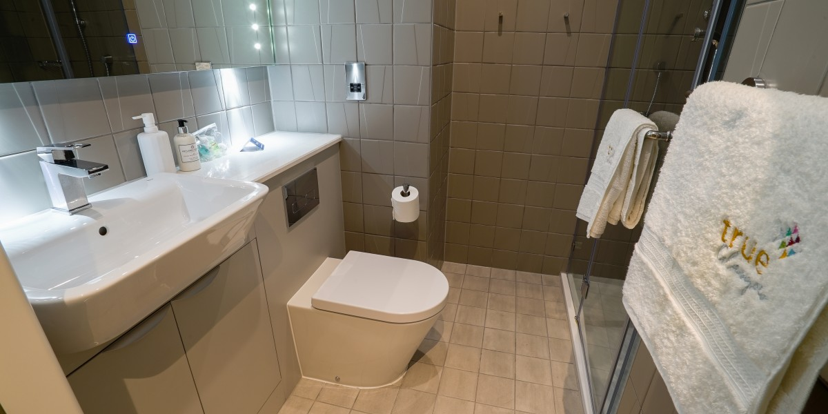 True-Glasgow-West-End-Bathroom-Unilodgers