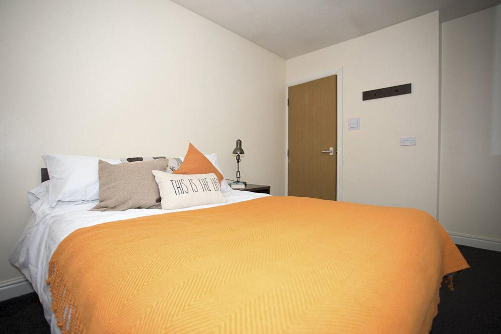 Truro-Works-Sheffield-Bedroom-3-Unilodgers