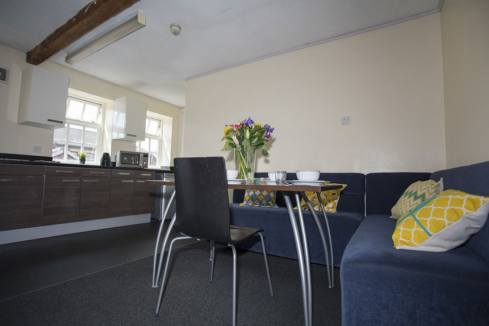 Truro-Works-Sheffield-Living-With-Dining-Area-Unilodgers