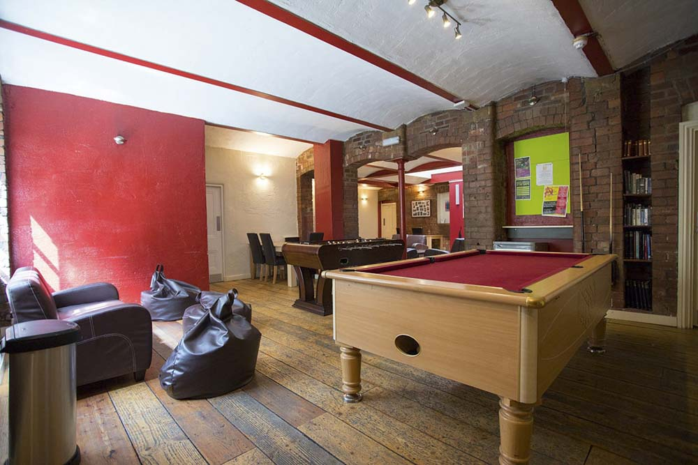 Truro-Works-Sheffield-Pool-Table-Unilodgers