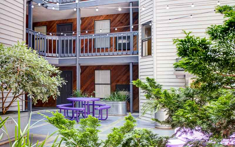 U-District-Student-Housing-Apex-Apartments-Seattle-WA-Exterior-Unilodgers