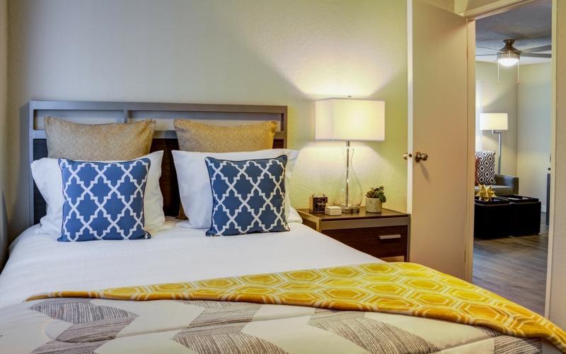 UDistrict-Kelsey-Seattle-WA-Bedroom-Unilodgers