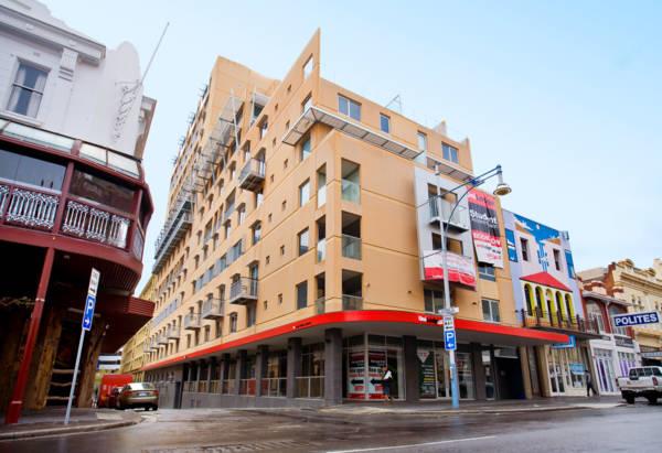 Unilodge-Metro-Adelaide-Exterior-Unilodgers