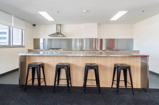 Unilodge-Metro-Adelaide-Kitchen-Unilodgers