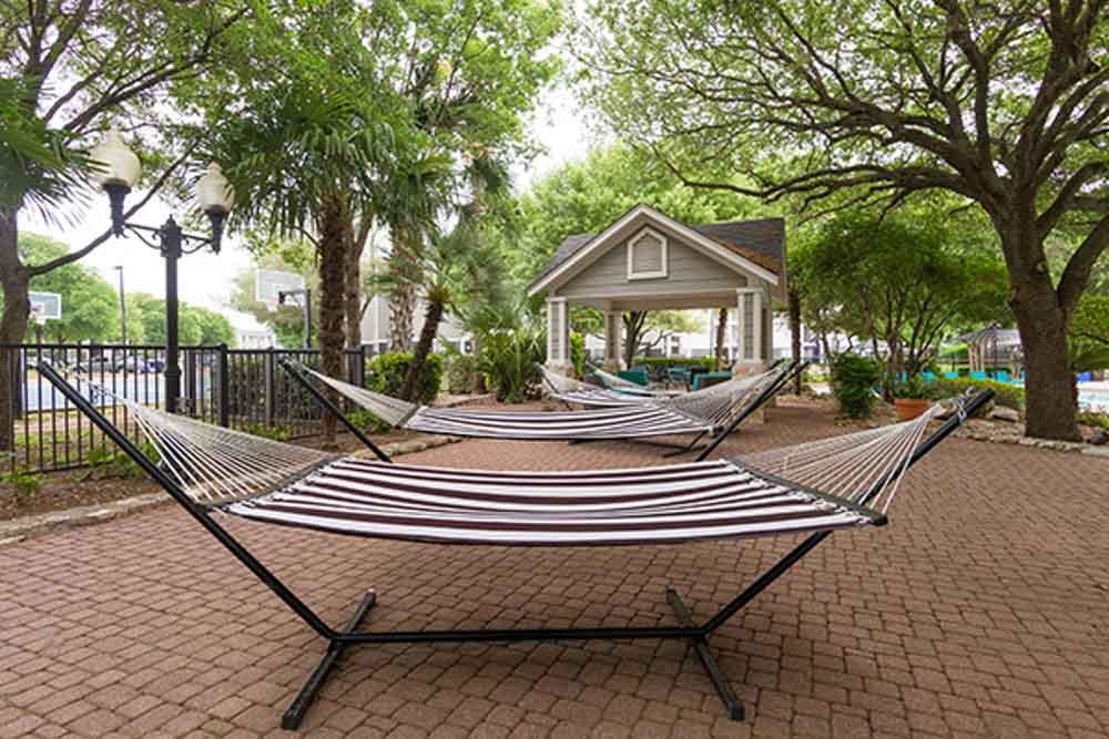 University-Estates-At-Austin-TX-Hammock-Garden-Unilodgers