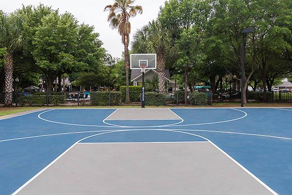University-Estates-At-Austin-TX-Outdoor-Basketball-Court-Unilodgers
