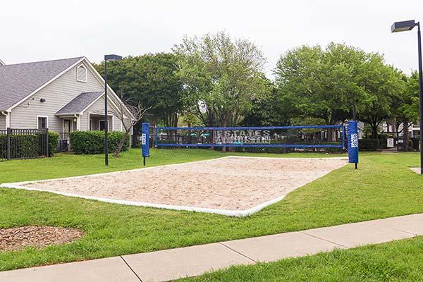 University-Estates-At-Austin-TX-Sand-Volleyball-Court-Unilodgers