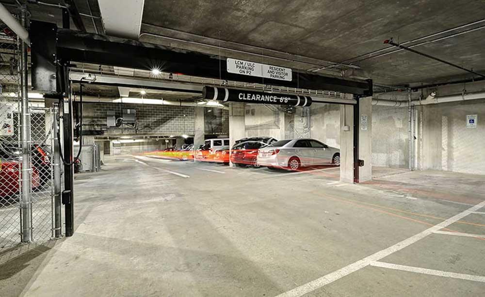 University-House-Austin-TX-Car-Parking-Unilodgers