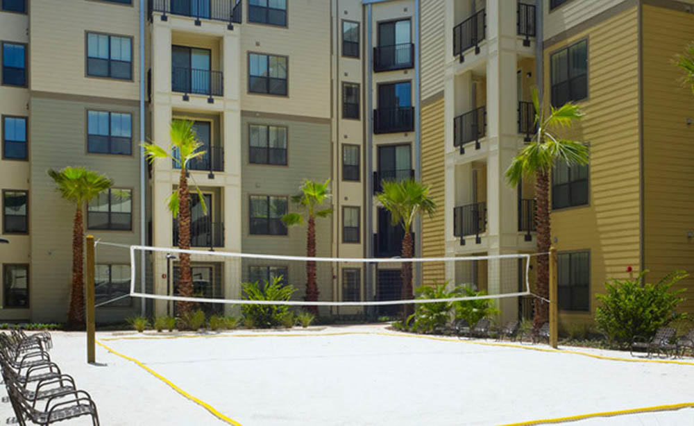 University-House-Central-Orlando-Florida-FL-Volleyball-Court-Unilodgers