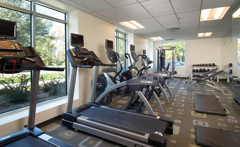 University-House-Denver-CO-Gym-Unilodgers