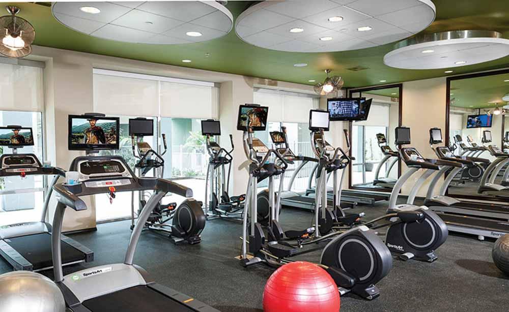 University-House-Fullerton-CA-Gym-Unilodgers