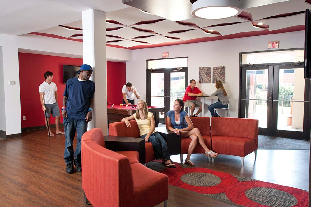 University-Towers-Raleigh-NC-Lounge-Unilodgers