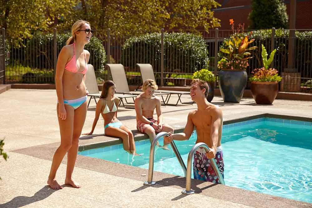 University-Towers-Raleigh-NC-Swimming-Pool-Unilodgers