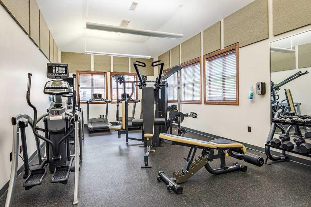 University-Village-Apartments-On-Colvin-Syracuse-NY-Gym-Unilodgers