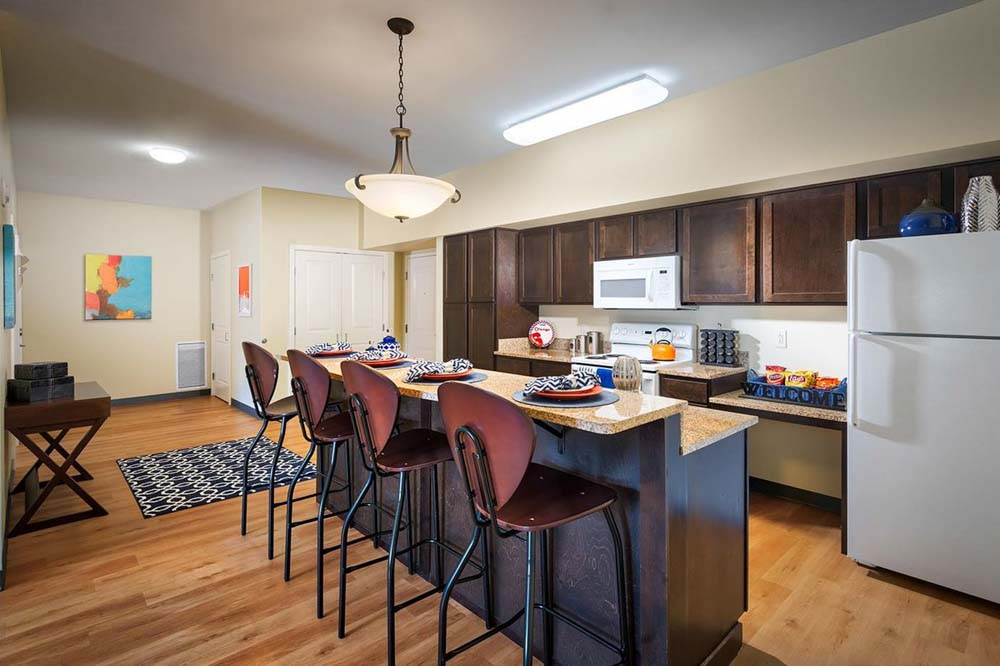 University-Village-Apartments-On-Colvin-Syracuse-NY-Kitchen-With-Breakfast-Bar-Unilodgers