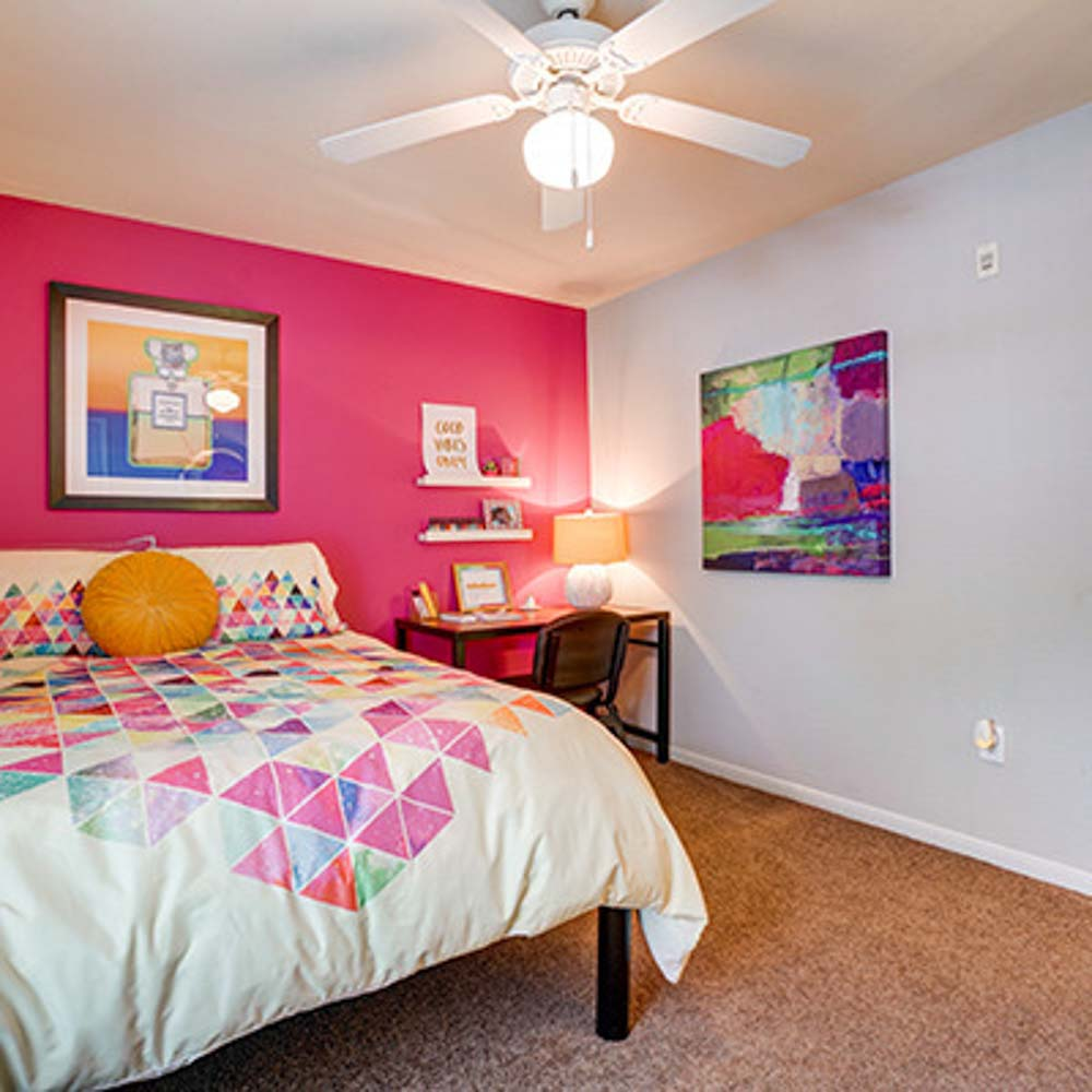 Village In The Woods Apartment: University Village Austin Apartments - TX