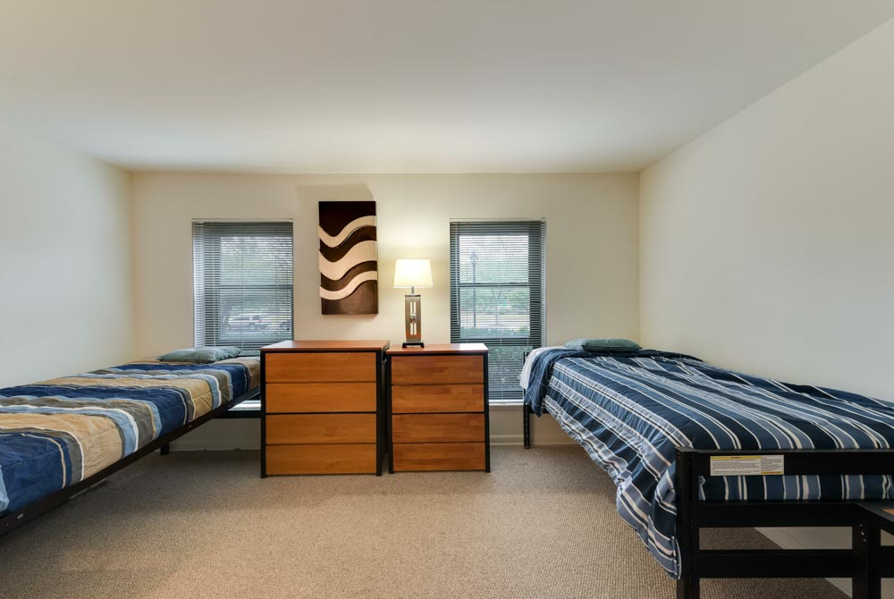 University-Club-At-College-Park-College-Park-MD-Living-Room-Unilodgers