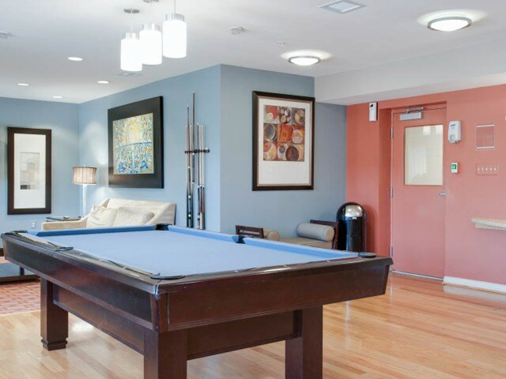 University-Club-At-College-Park-College-Park-MD-Pool-Table-Unilodgers