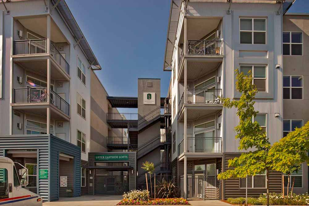 Upper-Eastside-Lofts-Sacramento-CA-Exterior-Unilodgers