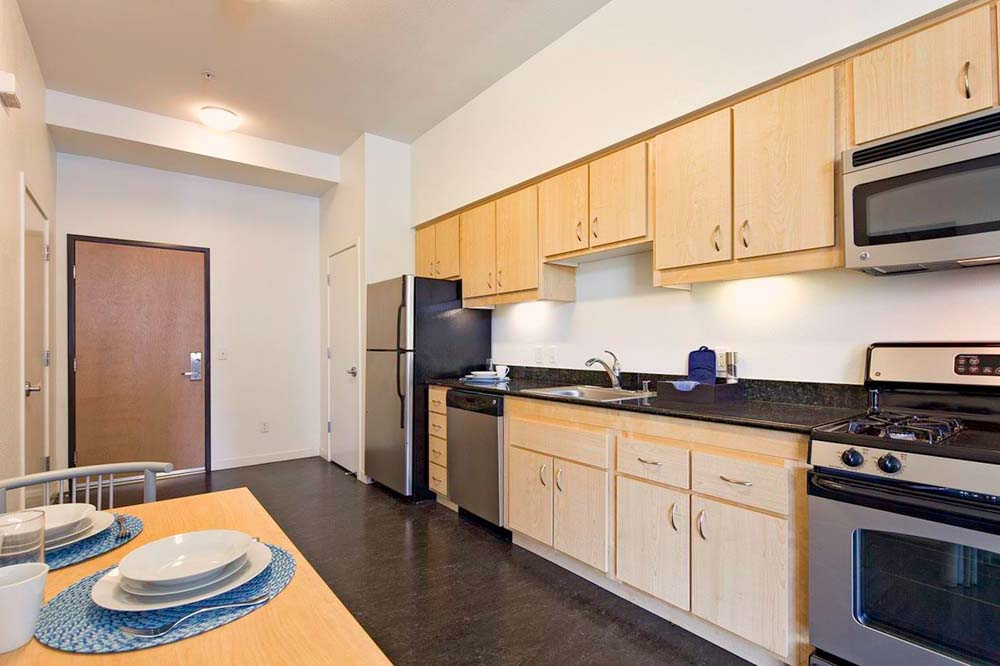 Upper-Eastside-Lofts-Sacramento-CA-Kitchen-Unilodgers