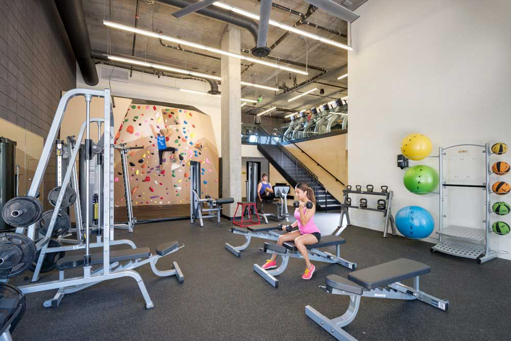 Vertex-Student-Apartments-Tempe-AZ-Gym-Unilodgers