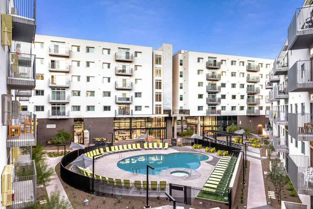 Vertex-Student-Apartments-Tempe-AZ-Swimming-Pool-Unilodgers