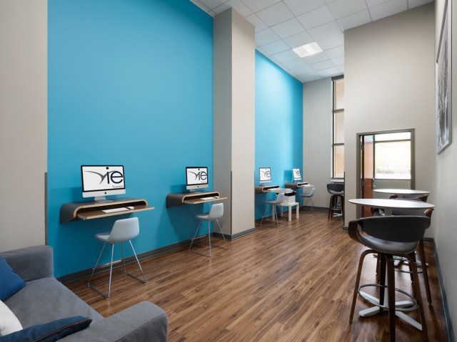 Vie-At-University-Towers-Hyattsville-MD-Computer-Lounge-Unilodgers