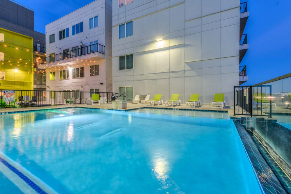 Vie-Lofts-At-San-Marcos-TX-swimming-Pool-Unilodgers