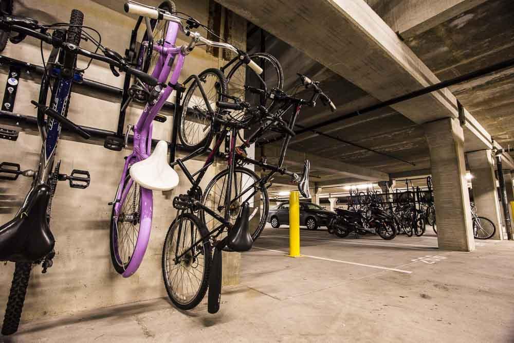 WaHu-Student-Living-Minneapolis-MN-Bike-Stand-Unilodgers
