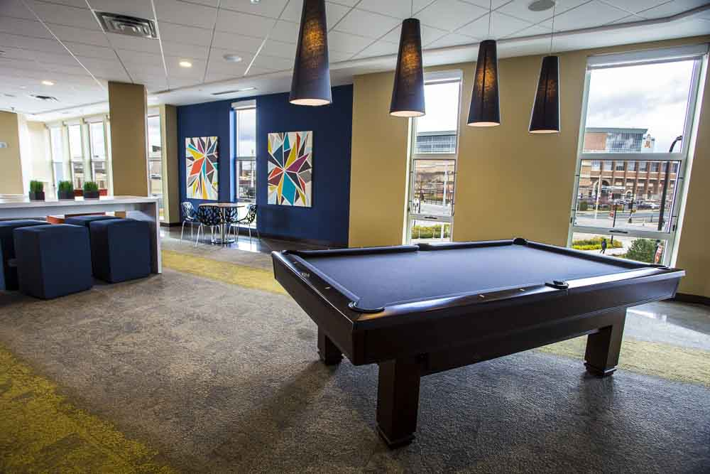 WaHu-Student-Living-Minneapolis-MN-Games-Room-Unilodgers