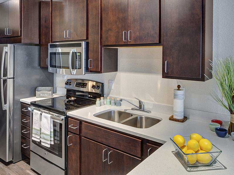 WaHu-Student-Living-Minneapolis-MN-Kitchen-Unilodgers