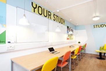 Waverley-House-Bristol-Study-Room-Unilodgers