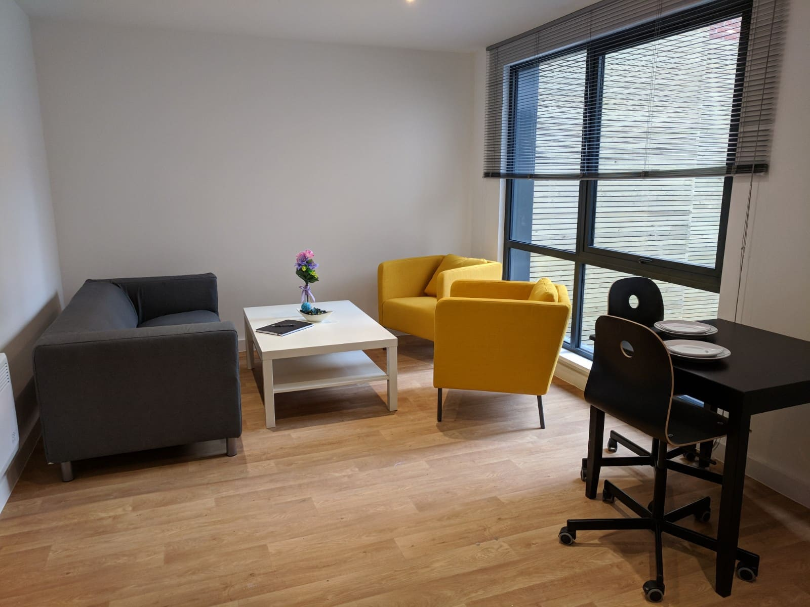 Westbar-House-Sheffield-Living-Area-2-Unilodgers