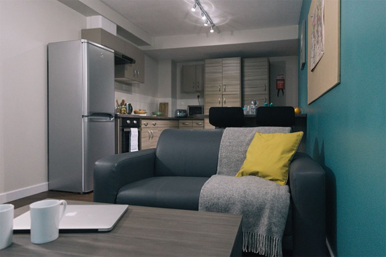 iQ-Arkwright-House-Bradford-Shared-Living-Area-Unilodgers