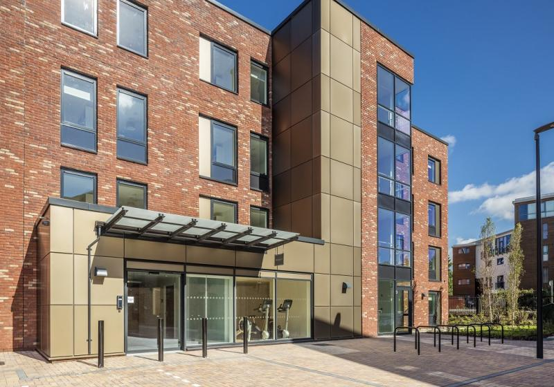iQ-Brickworks-York-Entrance-Unilodgers