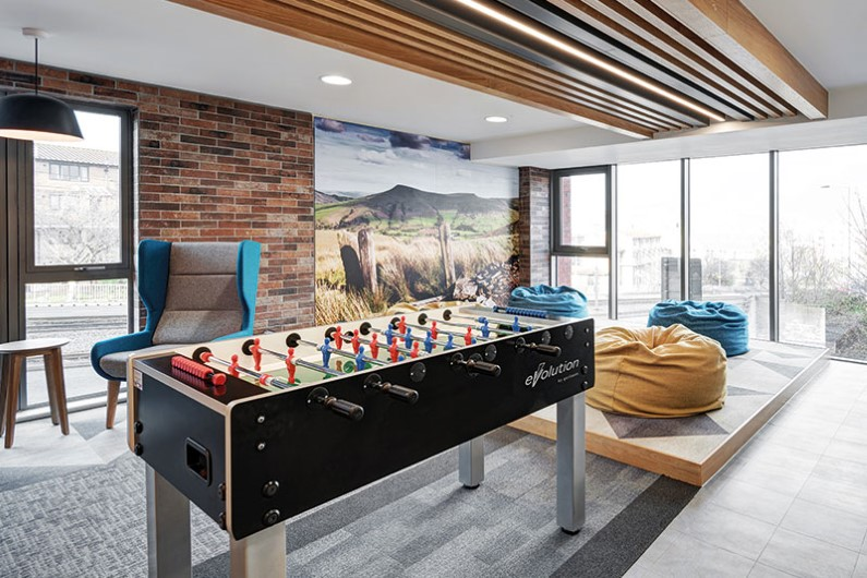 iQ-Century-Square-Sheffield-Games-Room-Unilodgers