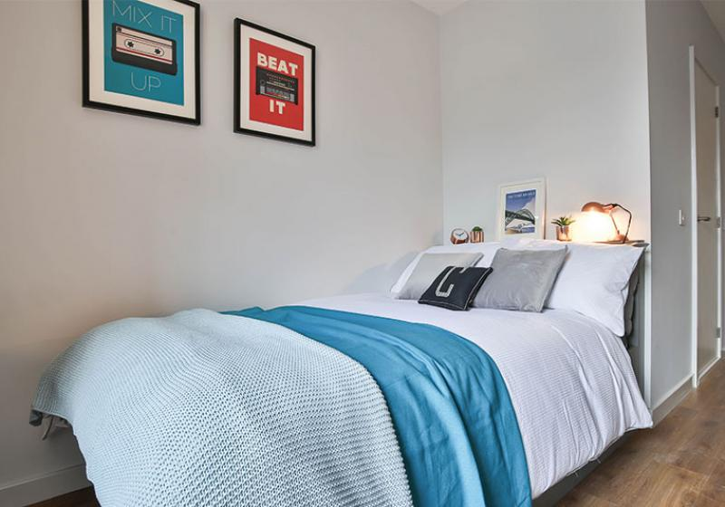 iQ-Knight-House-Sheffield-Bedroom-Unilodgers