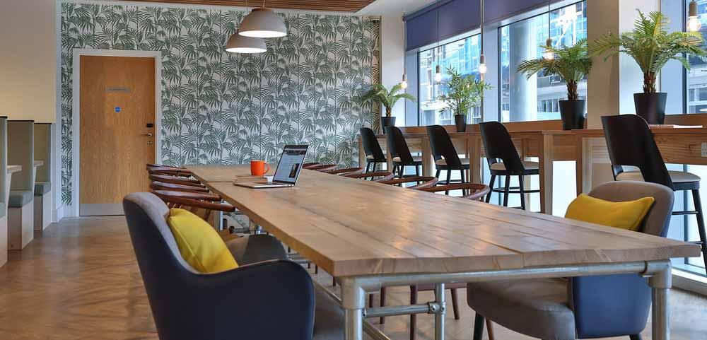 iQ-Studios-51-Birmingham-Study-Lounge-1-Unilodgers